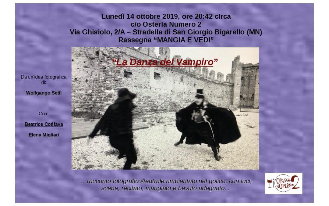 """""""LA DANZA DEL VAMPIRO"""""""